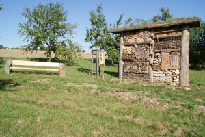 Insektenhotel im Natur- und Erlebnispark Hallgarten in Mastershausen